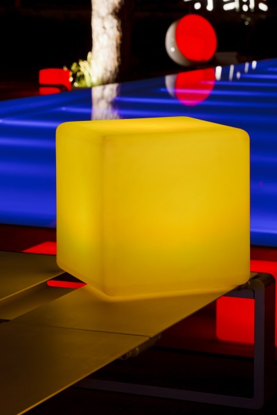 "BIG CUBE 43cm wireless-led lamp ""APP-control"""